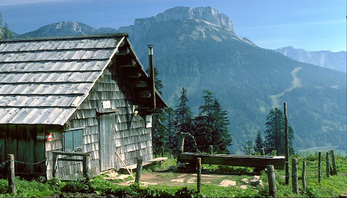 Salzkammergut-A hut in the mountains