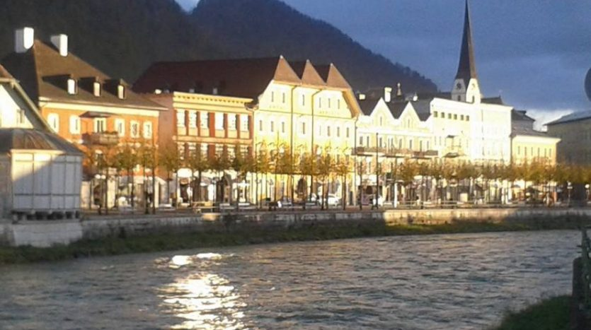 New build apartment overlooking the river in Bad Ischl